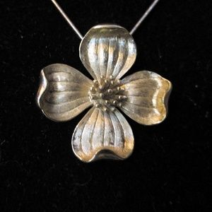 Vintage trifari flower necklace